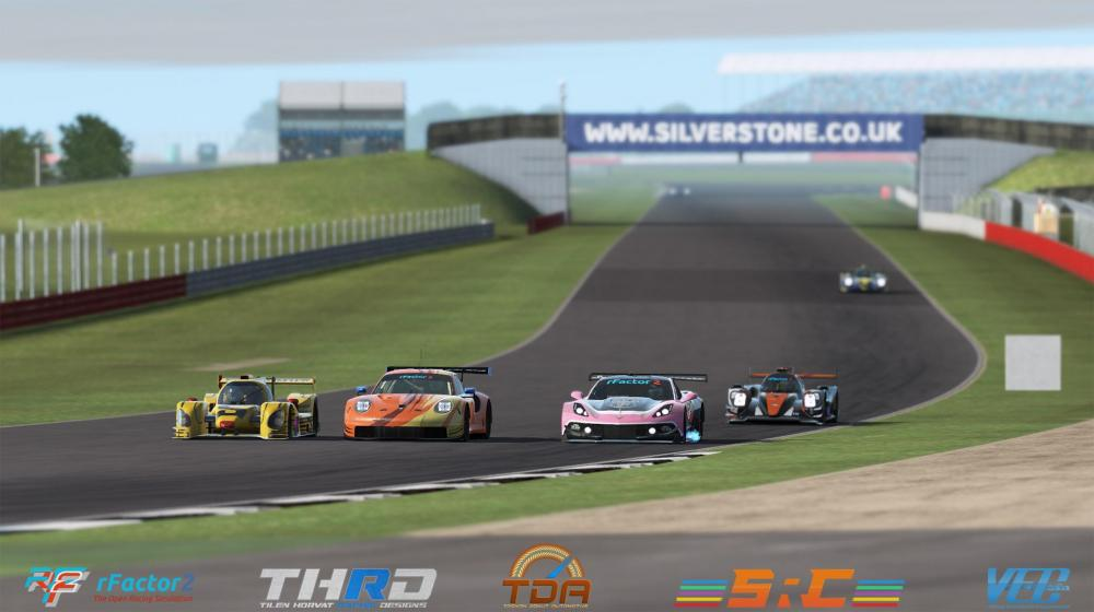 831063542_VEC-S11-R6-Silverstone-TDA_0019_Layer6.thumb.jpg.38bc000babc36f6de3efb6812360d25e.jpg